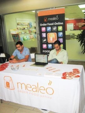 mealeo table cover and banner stands